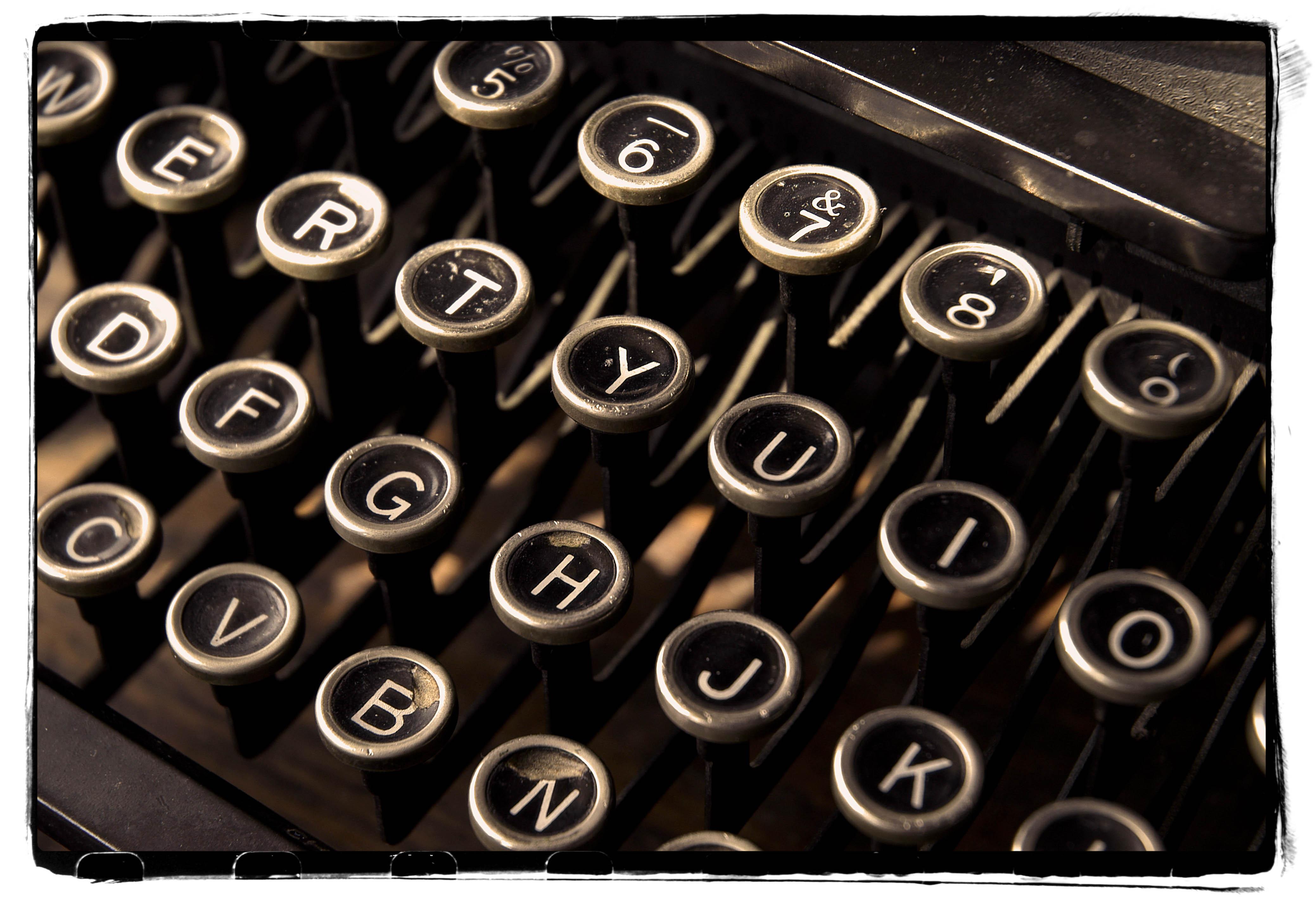 tasti di una macchina da scrivere
